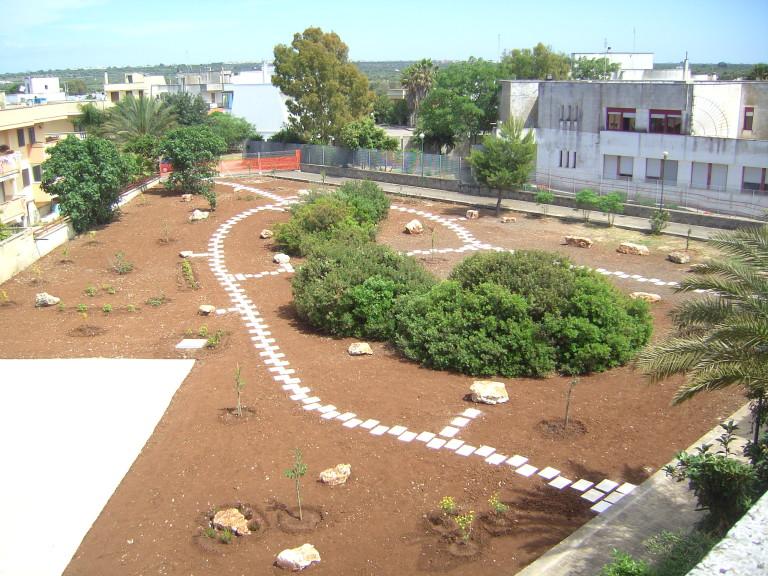 Programma PIRP. Sistemazione aree verdi e gioco.